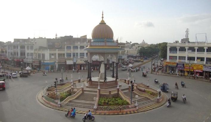 Krishna Raja Wodiyar circle, Mysore. Image source skyscrapercity.com