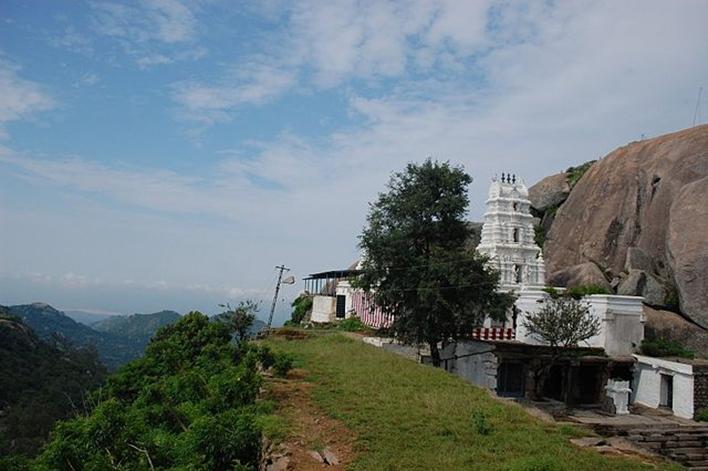 Devarayanadurga, Yoga Narasimha Temple