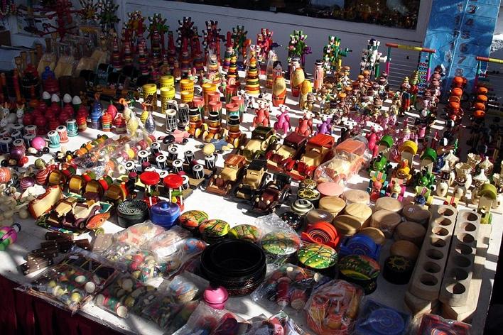 Channapatna toys, sightseeing nearby Abbur