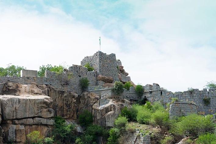 Raichur Fort , Raichur