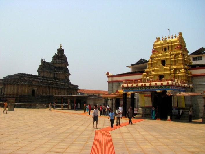 Sri Sharadamba and Vidyashankara temple, Sringeri