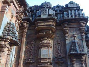 Rani Chennamma Statue, Hubli, Rani Chennamma Statue, Hubli, Chandramouleshwara Temple, Hubli Temple
