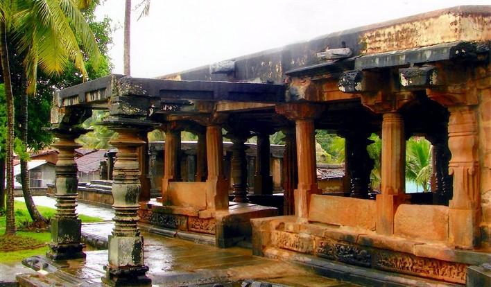 Tripurantakesvara Temple at Balligavi. Photographer Dinesh Kannambadi