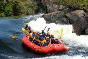 Karnataka Tourism, White water rafting in Dandeli. Image source bangaloretrekkingclub.com