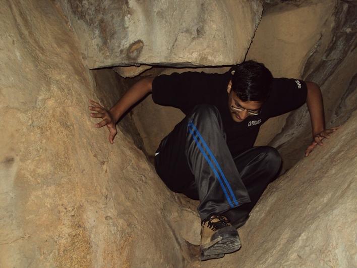 Siddara Betta, cave exploration Siddara Betta