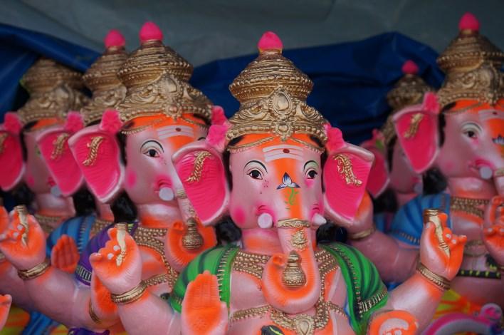 ganesha chathurthi Ganesha idols in Yediyur market, Bangalore