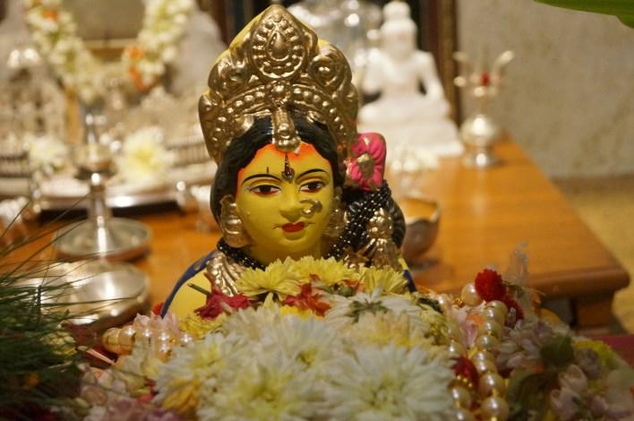 Gowri idol - colored