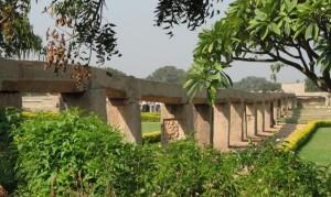 ramayana circuit, Ancient Bridge, Hamp. Photographer Somsubhra Sharangi